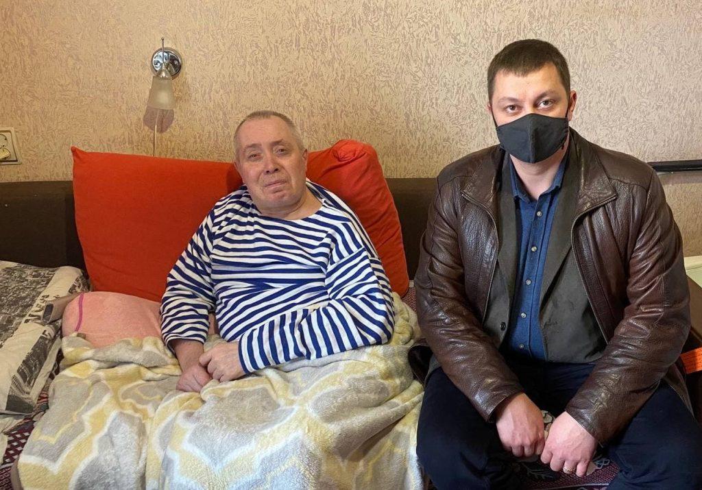 Голова та депутати Шевченківської райради відвідали постраждалих внаслідок Чорнобильської катастрофи